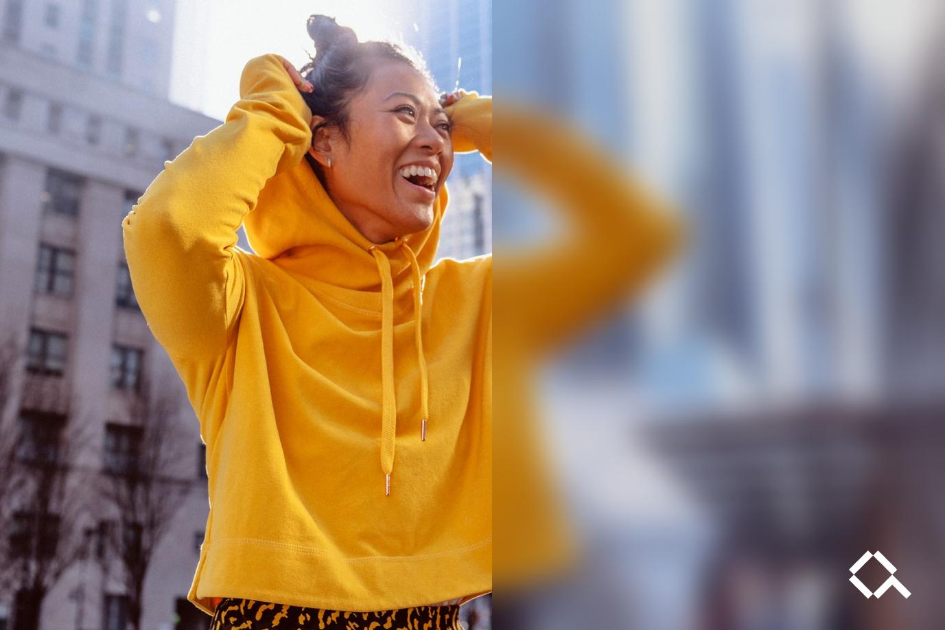Alva-yellow-sweater-blurredright